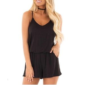 🆕 Women's Black Romper With Pockets Large